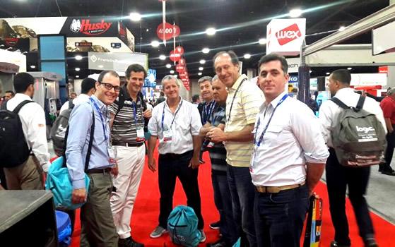 Operadores de YPF participaron de la mega Exposición de Retail en Estados Unidos