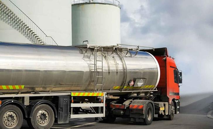 Crece la inquietud del sector expendedor por la venta de gasoil al mayoreo