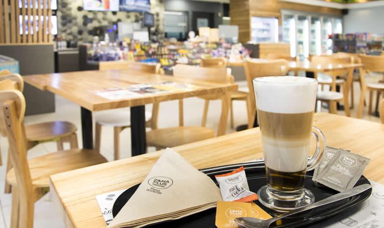 La cadena ZONA PLUS crece en el mercado expendedor: Inauguró una nueva sucursal con renovada imagen