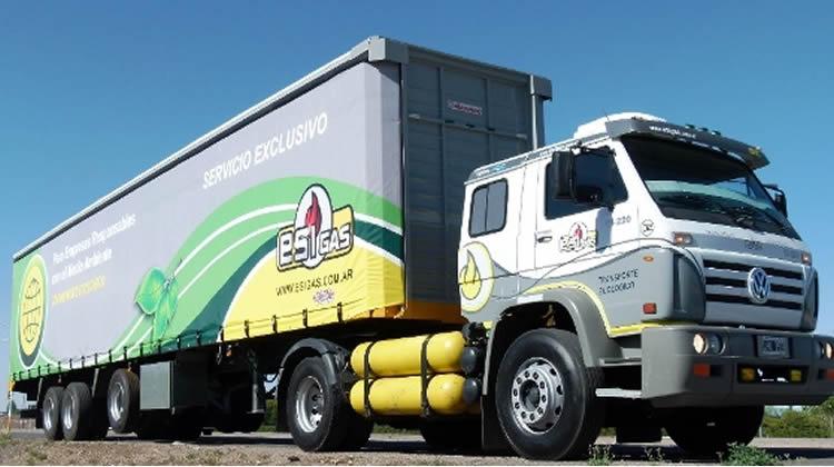 Afirman que el uso del GNC en vehículos de gran porte permite reducir a la mitad el gasto de combustibles