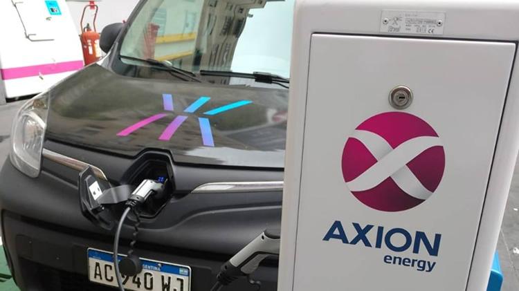 AXION energy instalará surtidores para autos eléctricos en sus nuevas Estaciones de Servicio