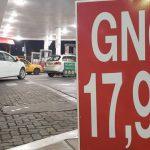 A pesar de la leve suba de su precio al consumidor, el GNC mantiene su brecha con las naftas