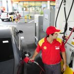 En los últimos 10 años se duplicó la cantidad de litros de combustibles necesarios para pagar un salario