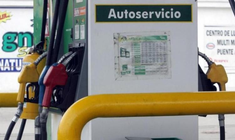 El Gobierno aprobará el sistema Autoservicio aunque deberá convivir con el despacho asistido
