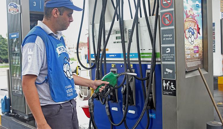 Advierten que la presión impositiva y el costo laboral atentan contra la sustentabilidad de las Estaciones de Servicio