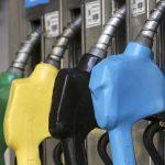 Se oficializó el congelamiento del precio de los combustibles