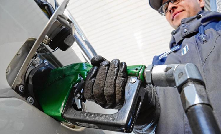 Diputados proponen una alternativa al Decreto que dispuso congelar el precio de la nafta y el gasoil