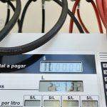 Ni el congelamiento de precios pudo frenar la caída del consumo de combustibles