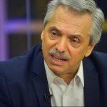Cómo se efectivizaría la regulación del precio de los combustibles que propone Alberto Fernández