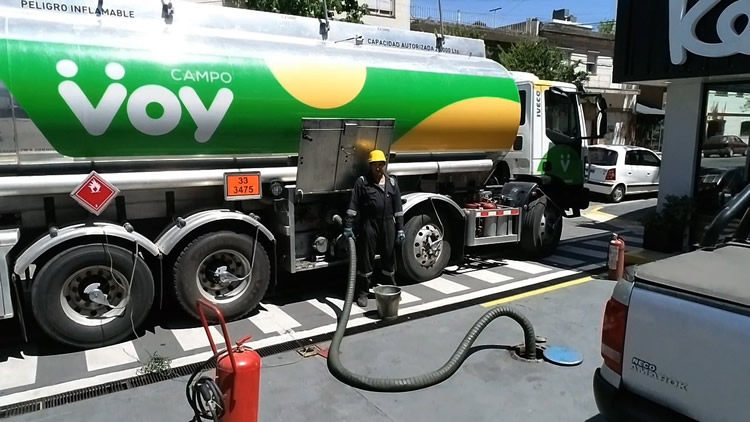 Voy asegura abastecimiento de combustibles sin cupos y a precio congelado