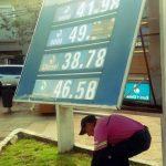 Estacioneros consideran que el Gobierno debiera autorizar otro aumento de precios a los combustibles