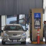 YPF, PAE y Raízen reclamaron la inconstitucionalidad del congelamiento de precios y las estaciones podrían imitarlas