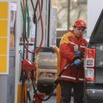 ¿Cuánto aumentará el precio de los combustibles en diciembre por la suba de los impuestos?