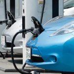 Especialistas opinan que podría aplicarse el 'autoservicio' para la carga de vehículos eléctricos en Estaciones de Servicio