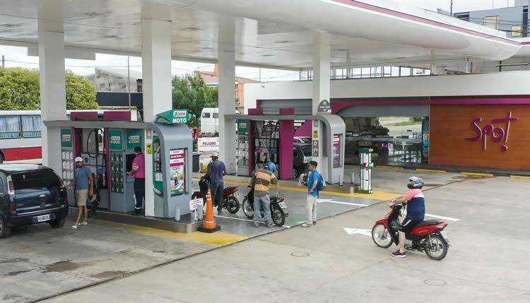 AXION energy instala la primera isla exclusiva para motos