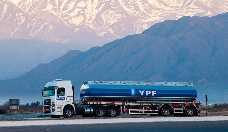La cadena agroindustrial valoró la tarea de las Estaciones de Servicio y transportistas en la emergencia nacional
