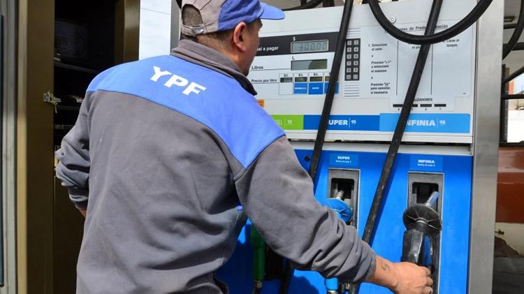 ¿Cómo se reparten las ventas de combustibles en nuestro país?