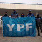 """""""Nuestro compromiso es que no se caiga ninguna YPF"""""""