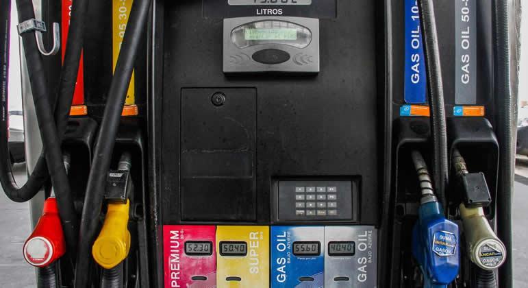"""¿Llegará Uruguay a tener precios competitivos de los combustibles con """"la varita mágica"""" de la LUC?"""