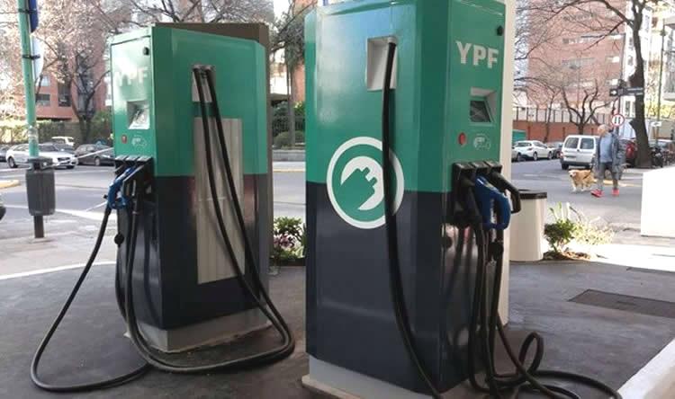 YPF empieza a ofrecer el servicio de carga rápida para vehículos eléctricos: 200 km de autonomía en 20 minutos