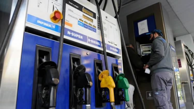 Estacioneros reclaman incluir a los combustibles dentro del plan de estímulo al turismo