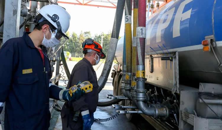 YPF vuelve a ser reconocida internacionalmente por la calidad de sus combustibles