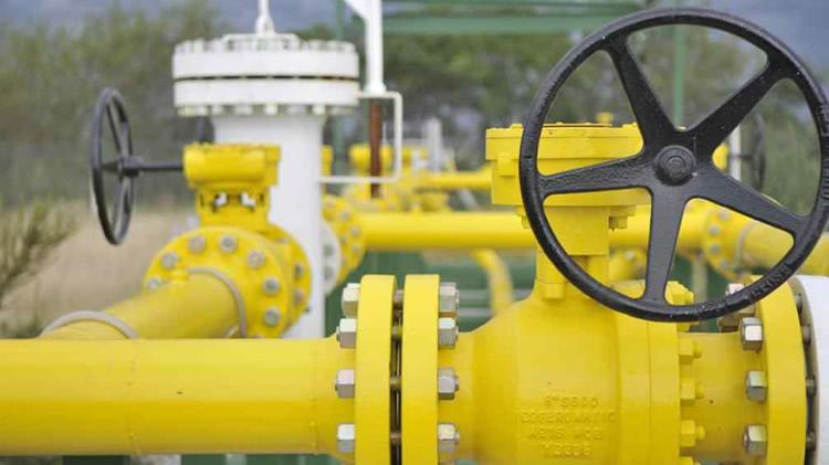 Estacioneros reclaman al Gobierno que la energética nacional los provea de gas para GNC