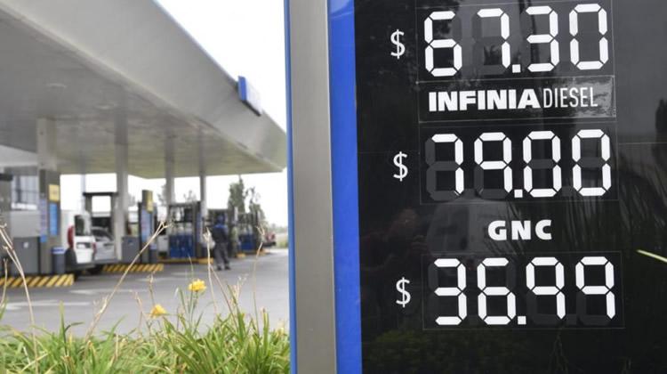 """Gerold asegura que los combustibles están atrasados en un 15 por ciento y declama: """"Van a fundir al sector"""""""