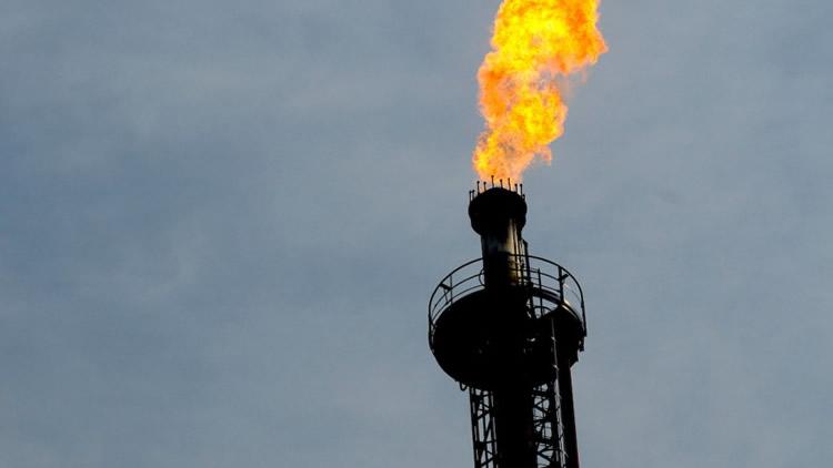 La industria cayó en 2020 casi 11 por ciento: Refinación de petróleo la de mayor incidencia negativa