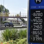 Contrapunto por los aumentos de combustibles: YPF asegura que redujo los precios