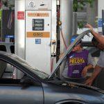 Estacioneros del NOA rechazan la propuesta de atar el costo del gas para GNC al valor de la nafta súper