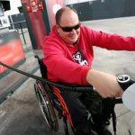 Reclaman que se exima del pago del Impuesto a los Combustibles a personas con discapacidad