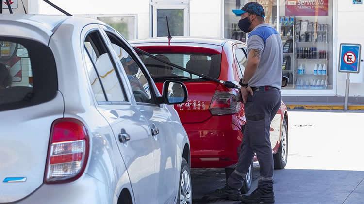 """Pronóstico en las ventas de combustibles: """"En el segundo semestre o finales del tercer trimestre vamos a tener un poco de respiro"""""""