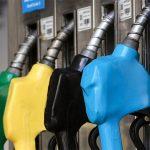 ¿A quién beneficia la postergación del Impuesto a los Combustibles?