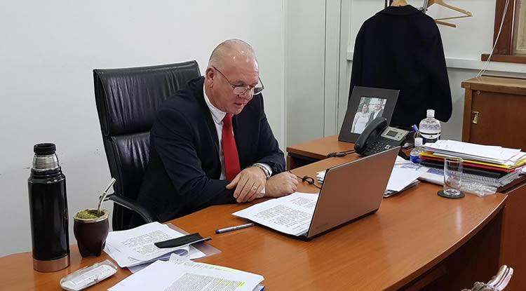Ministerio de Industria  informará al Parlamento sobre el avance de la comisión que analiza el fracking en Uruguay