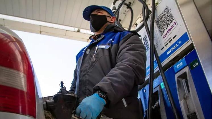 Aumentan subsidios para pagar el salario de los empleados de Estaciones de Servicio