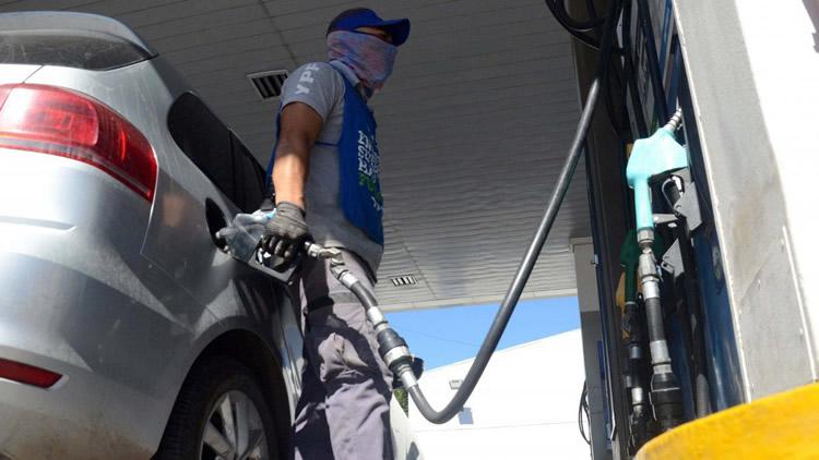 El impuesto a los combustibles volverá a determinarse a partir de un porcentaje fijo
