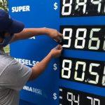 Expendedores cuestionan el congelamiento de los precios de los combustibles
