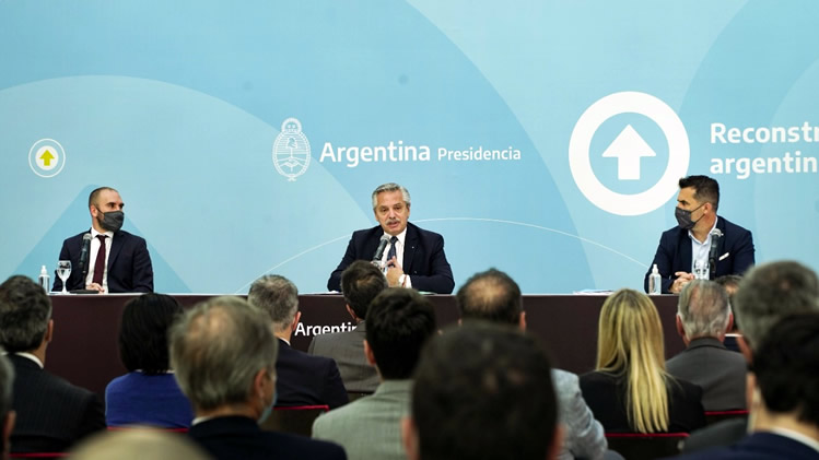 Los estacioneros proponen incluir la comercialización de combustibles en el proyecto de Inversiones Hidrocarburíferas
