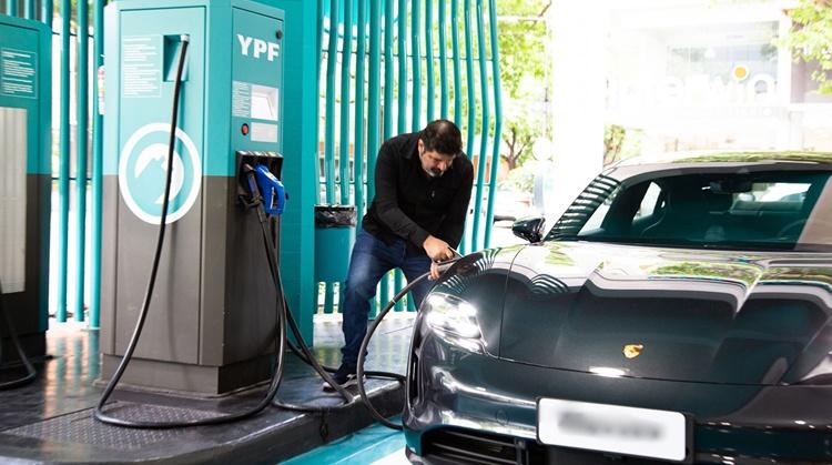 Electromovilidad: Una gran oportunidad para las Estaciones de Servicio
